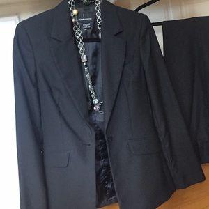 Black pant suit career Moda International size 2